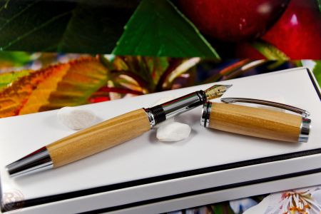 "Fountain Pen ""RB Junior"", cherry"