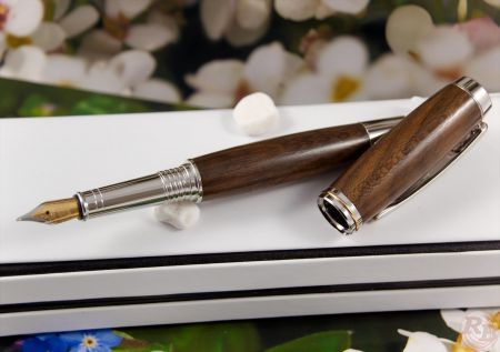 "Fountain Pen ""RB Elegance"" Ziricote burl"