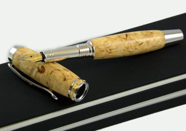 "fountain pen ""RB Number One"", Karelian curly birch"